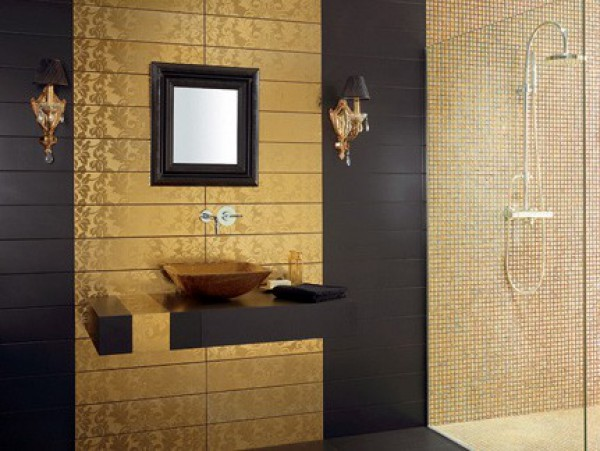 Sleek Black & Gold Bathroom