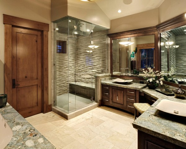 Traditional Bathroom with European Shower