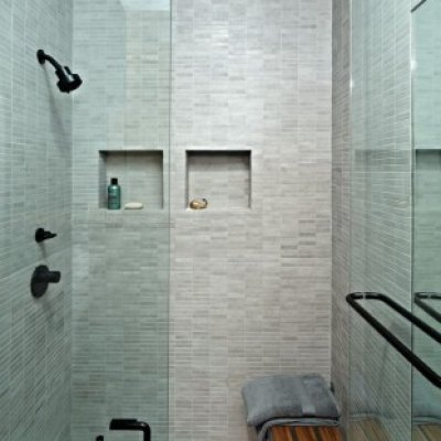 Contemporary European Shower